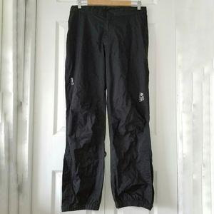 Mountain Hardwear Dry Q Nylon Wind Pants